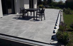Terrasse sur Plots 100x100 Panarea Grey.